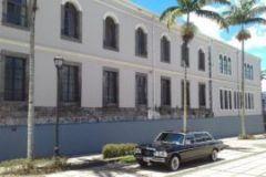 Costa Rica Legislative Assembly building. MERCEDES PRIVATE VIP LIMOUSINE SERVICE.