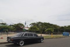 Marino del Pacífico Park. COSTA RICA PUNTARENAS LIMOUSIONE 300D MERCEDES LWB LANG W123